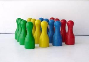 Halmakegel – Kunterbunte Spielfiguren für gesellige Abende
