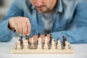 Gesellschaftsspiele alleine spielen - geht das?