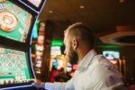 Sind Spielautomaten manipuliert? Gerüchte und Fakten